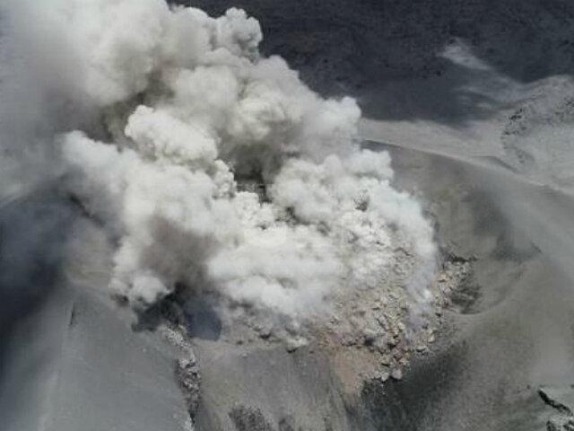 Arequipa: volcán Sabancaya registró nueva erupción esta mañana