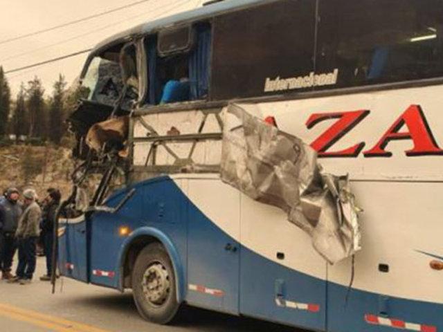 Accidente de tránsito deja un muerto y varios heridos en Pasco