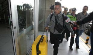 Christian Cueva arribó a Lima en medio de problemas deportivos con Santos