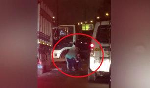 VES: ladrones con pasamontañas asaltan violentamente a comerciante