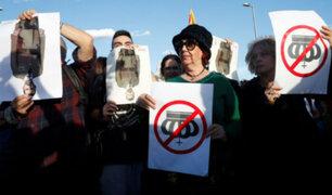 España: miles de ciudadanos en Barcelona rechazaron visita del rey Felipe VI