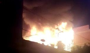 Cercado de Lima: dos heridos tras voraz incendio en vivienda