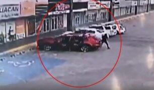 Acribillan a policía que participó en la captura del hijo del 'Chapo' Guzmán