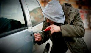 Hombre roba auto y lo devuelve tras enterarse que pertenecía a un orfanato