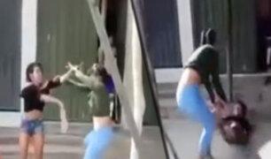 Tarapoto: dos mujeres se pelean por un hombre en plena vía pública