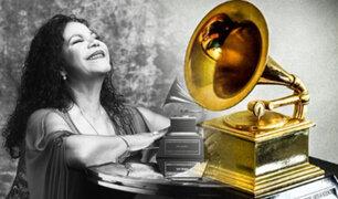 Eva Ayllón recibe premio a la excelencia musical en los Latin Grammy 2019