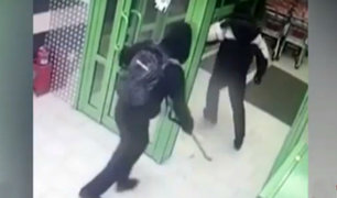 Rusia: ladrones usan nueva modalidad para robar dinero de cajero automático