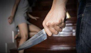 Hombre asesina a cuchilladas a su esposa por celos y luego se suicida