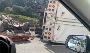 México: impactantes accidentes vehiculares dejaron dos víctimas mortales