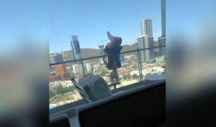 Termina con 110 huesos rotos tras caer de edificio mientras practicaba yoga extremo