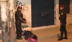 SMP: mujer da a luz en plena calle porque se habrían negado a atenderla en hospital
