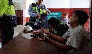 Trujillo: colectivero informal arrolla a inspectores de Tránsito y se da la fuga