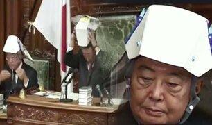Japón: implementan cascos contra terremotos para parlamentarios