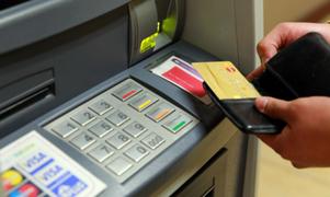 Advierten nueva modalidad de estafa y robo con tarjetas de crédito por Navidad