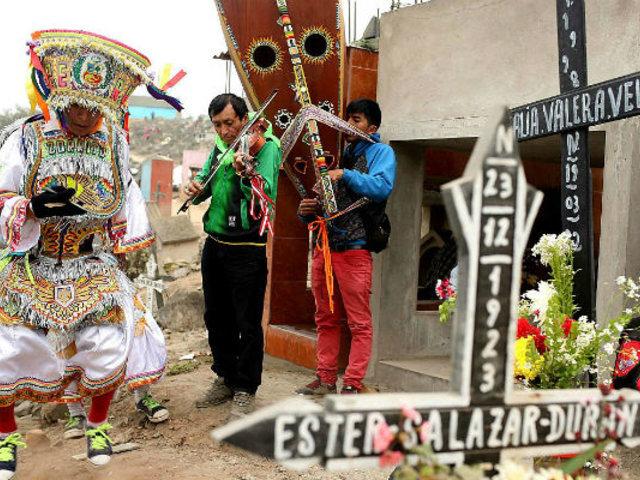 Así se celebró el Día de Todos los Santos en diferentes regiones del Perú