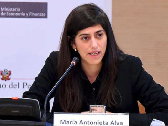 """Ministra Alva: """"El gran problema del Perú es que todavía la gente no vale lo mismo"""""""