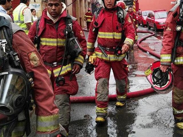 San Isidro: reportan incendio en sótano de edificio