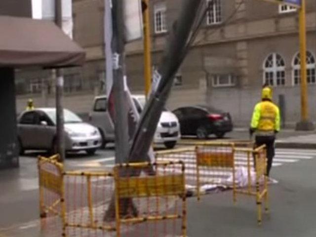 Santa Beatriz: retiran poste impactado por camión