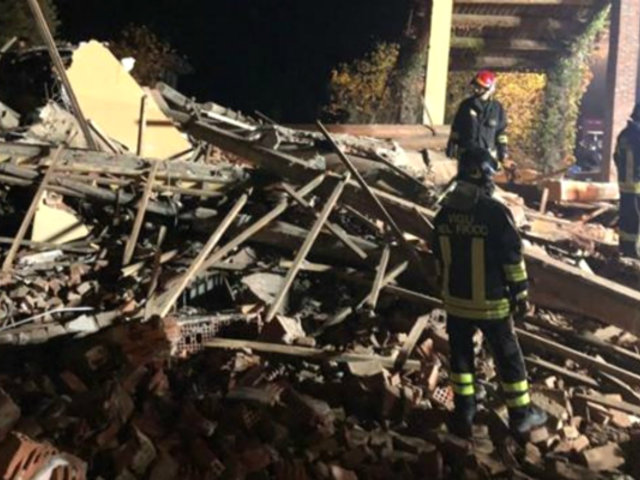 Italia: tres bomberos mueren tras explosión en casa abandonada