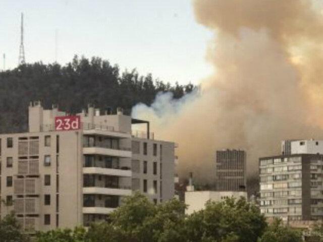Chile: incendio destruyó 4 hectáreas del cerro San Cristóbal