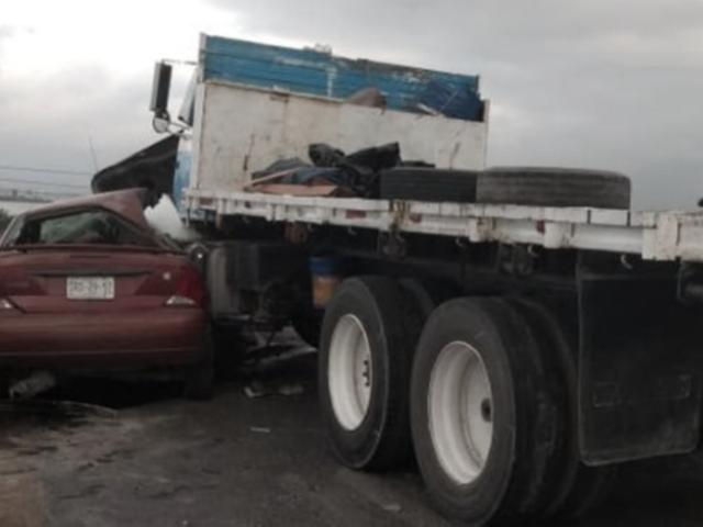 Lambayeque: choque entre tráiler y auto dejó un fallecido