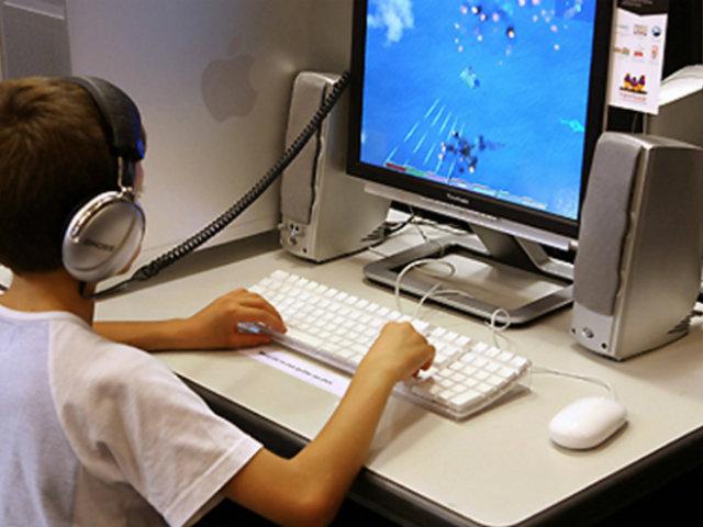 China: gobierno limitará acceso de niños a juegos en línea