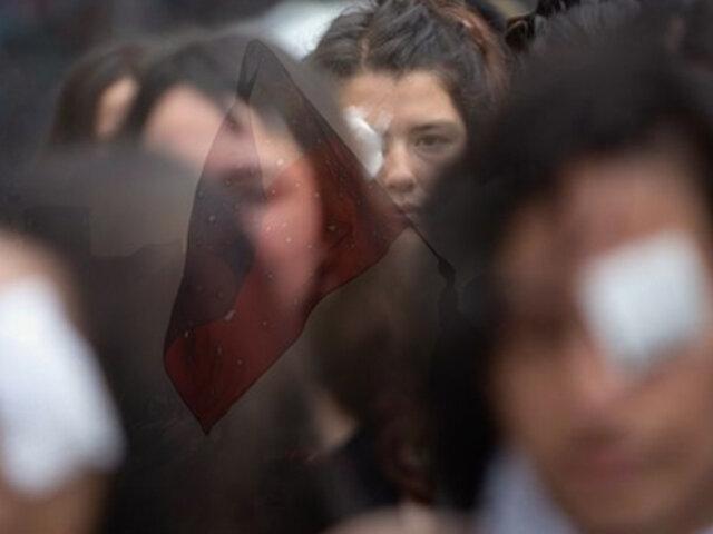 Lamentable récord: cifras de chilenos con lesiones oculares no tiene precedentes en el mundo