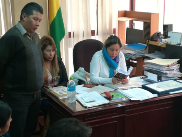 Bolivia: Juez dicta prisión para altos funcionarios de organismo electoral