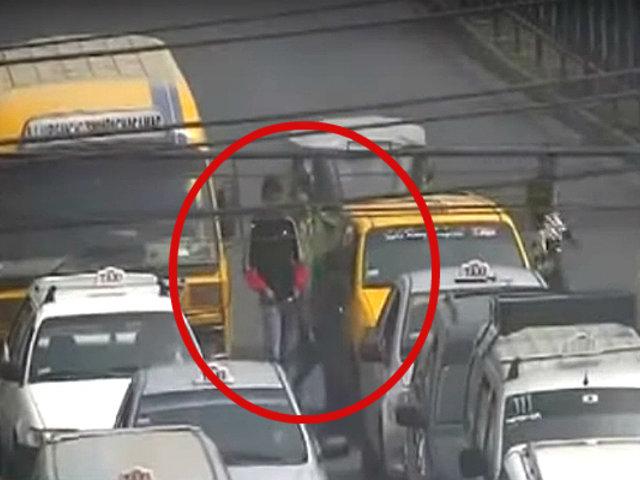 El Agustino: serenos capturan a menor de 16 años que asaltó a taxista