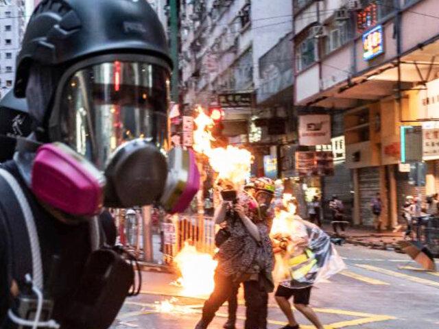 Hong Kong vive una de las jornadas más violentas en cinco meses de protesta