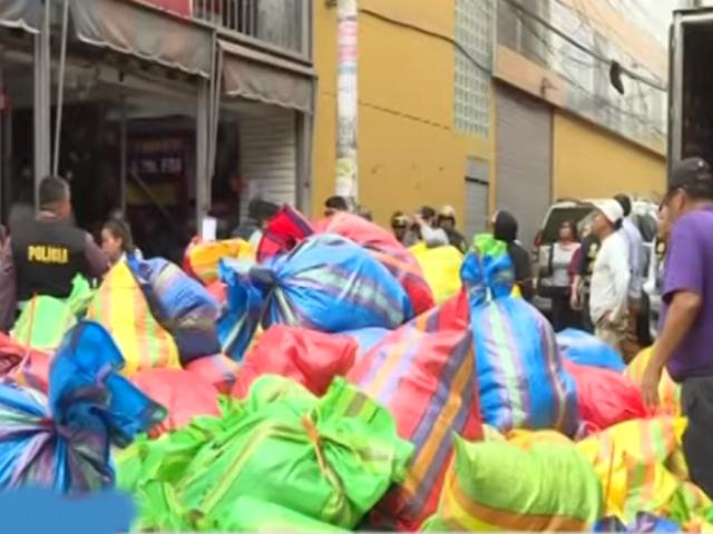 "La Victoria: 500 sacos de ropa fueron decomisados en megaoperativo contra prendas ""bamba"""