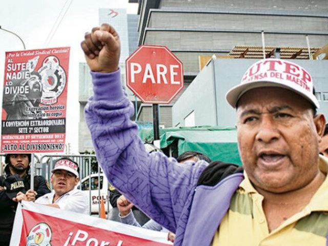 Maestros del Sutep acataron paro nacional de 24 horas