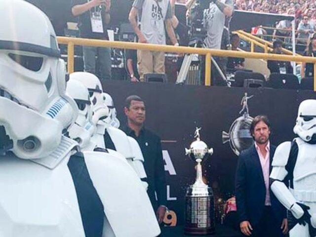 """¿Qué hacían los Stormtroopers de """"Star Wars"""" en la Final de la Copa Libertadores?"""