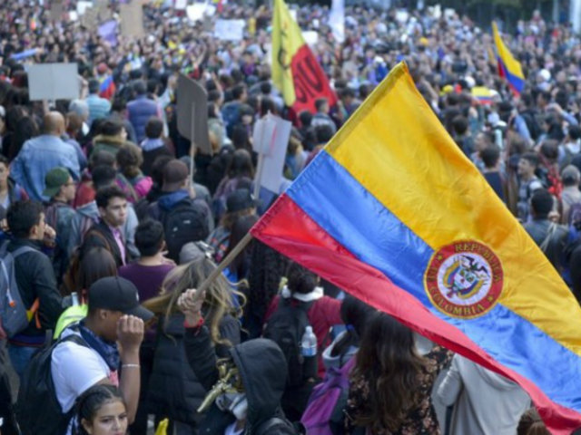 Colombia: convocan a nuevo paro nacional tras reunión con Iván Duque