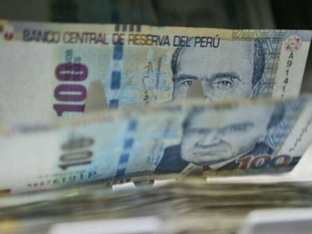 Aguinaldo navideño: Gobierno oficializa pago de S/300 para sector público