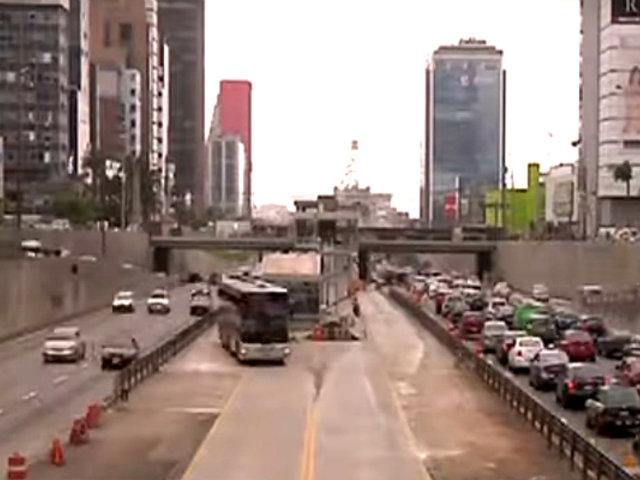 Construcción de estación 'Andrés Reyes' avanza lentamente y genera caos en tráfico