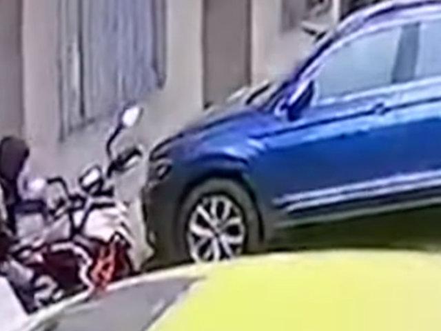 El Agustino: sujeto ingresa a condominio y roba motocicleta de vecino