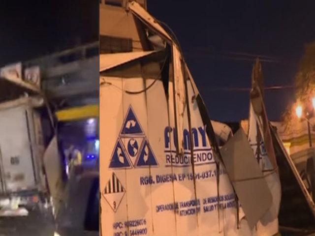 Av. Brasil: otro camión queda destrozado al intentar pasar debajo de puente