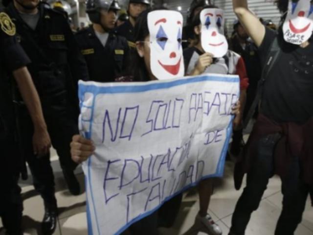 Escolares protestan por pasajes del Metropolitano: ¿quiénes están detrás?
