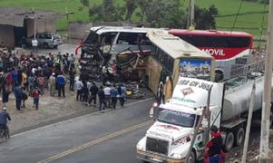 Panamericana Norte: aparatoso choque entre buses interprovinciales deja al menos 3 muertos