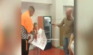 Paolo Guerrero sorprendió a niña fan del Inter de Porto Alegre