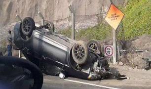 Accidente en la Costa Verde: conductor impacta contra señal de tránsito