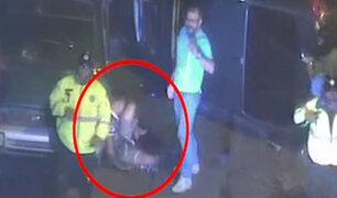 ¡Insólito! Delincuente se fractura la pierna al intentar robar celular a una mujer