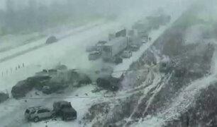 EEUU: alrededor de 50 automóviles colisionan en pista congelada