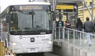 Independencia: mujer se cae de cabeza en estación del Metropolitano