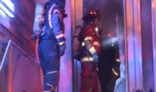 Amago de incendio en edificio comercial causó alerta en San Borja