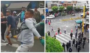 Ambulantes se enfrentan a golpes con fiscalizadores en Mesa Redonda
