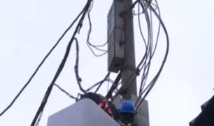 Comas: intervienen dos fabricas por robo de electricidad