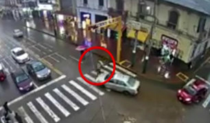 Huancayo: madre e hijo son atropellados tras cruzar pista
