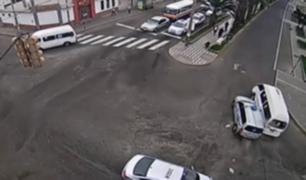 Tacna: taxi protagonizó un violento triple choque